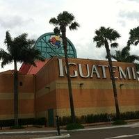 Foto tirada no(a) Shopping Iguatemi por Bruno C. em 1/6/2013