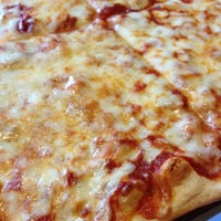 Photo taken at Earth Pizza by David G. on 10/6/2012