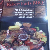 Photo taken at Robert Earls Real Deal BBQ by Danny M. on 2/28/2014
