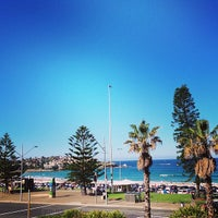 Photo taken at Bondi Backpackers by Marília F. on 4/27/2013