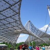 รูปภาพถ่ายที่ Olympiastadion โดย Steff S. เมื่อ 5/18/2013