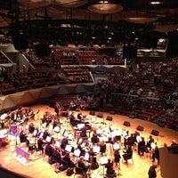 รูปภาพถ่ายที่ Boettcher Concert Hall โดย John L. เมื่อ 11/6/2012