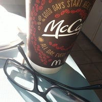 Photo taken at McDonald's by Raymond Y. on 1/4/2014