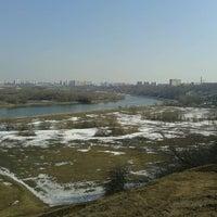 Das Foto wurde bei Смотровая площадка von Mary G. am 4/15/2013 aufgenommen