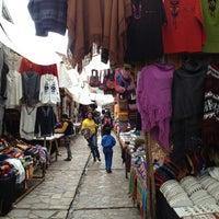 Foto tirada no(a) Pisac Market por Mayara M. em 12/31/2012