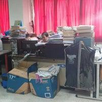 Photo taken at เทคโนโลยีปทุมวัน by Sudsan P. on 8/14/2014