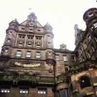 Photo taken at Edinburgh Waverley Railway Station (EDB) by Daria Y. on 10/28/2012