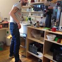 Foto tirada no(a) Caffènation por Oliver em 12/31/2014