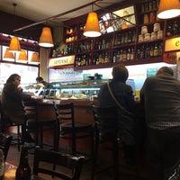 Foto tomada en Bar Open por annette k. el 3/10/2015