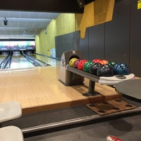 Photo taken at Bowling Themis by Victor B. on 3/31/2016