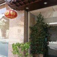 Photo taken at Restaurant xinès Shanghai by Javier R. on 8/5/2013