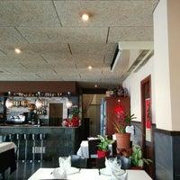 Photo taken at Restaurant xinès Shanghai by Javier R. on 3/3/2014