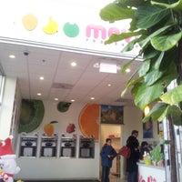 Photo prise au MoYo's Frozen Yogurt par Alex F. le12/27/2012