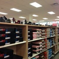 Photo taken at Famous Footwear by Alyson S. on 12/26/2012