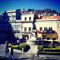 Foto tomada en Plaza de La Paz por José R. el 4/22/2013