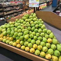 Photo taken at Publix by Juan Carlos F. on 10/30/2017