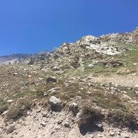 Foto tirada no(a) Camino Embalse El Yeso por Zeka I. em 12/10/2017