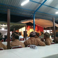 Photo taken at Pasar Timbul Ketewel by Wira Y. on 6/8/2013