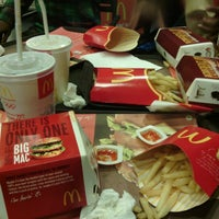 Photo taken at McDonald's by Jempy s. on 2/8/2013