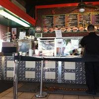 8/10/2013에 Brad P.님이 El Super Burrito에서 찍은 사진