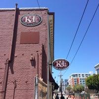 Photo prise au K&L Wine Merchants par Brad P. le7/29/2015