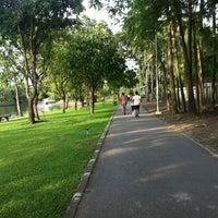 Das Foto wurde bei Seri Thai Park von joyly j. am 7/15/2013 aufgenommen