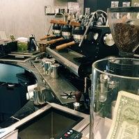 Foto tirada no(a) Voyager Espresso por Kevin Burg em 4/27/2016