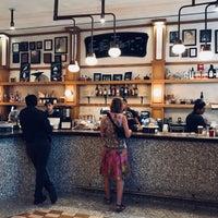 Das Foto wurde bei Caffe Marchio von Kevin Burg am 9/14/2018 aufgenommen