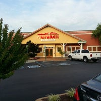 Photo taken at Outback Steakhouse by Brandon H. on 6/25/2013