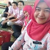 Photo taken at Ayam Panggang Banjarejo by Ayumala P. on 7/30/2016