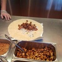 รูปภาพถ่ายที่ Chipotle Mexican Grill โดย Ul Z. เมื่อ 11/10/2012