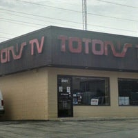 Photo taken at Toton's TV by Brett C. on 7/28/2015