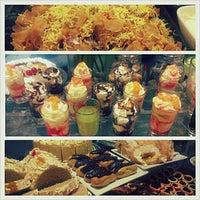 1/27/2013 tarihinde Jo A.ziyaretçi tarafından Love Desserts'de çekilen fotoğraf