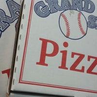 Photo taken at Grand Slam Pizza by Dwayne K. on 10/14/2014