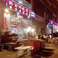 Photo taken at 韩百川烧烤店 by Shunitsu M. on 5/21/2014