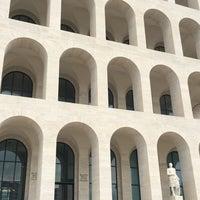 Foto scattata a Palazzo della Civiltà e del Lavoro da jny il 5/21/2018