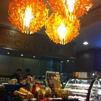 Photo taken at Chocolateria San Churro by Shiladitya M. on 10/12/2012