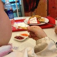 Photo taken at KFC by 5 B. on 3/10/2013