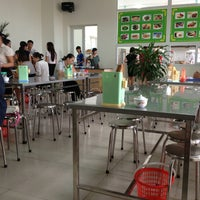 Photo taken at Canteen Trường Bồi Dưỡng Cán Bộ Giáo Dục Hà Nội by 5 B. on 7/30/2013