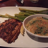 Photo taken at LongHorn Steakhouse by Iam M. on 6/29/2015