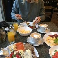 Das Foto wurde bei Cafe Pierre - Tomislav von Irina M. am 11/2/2016 aufgenommen