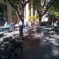 Das Foto wurde bei Cafe Ansari von Gideon d. am 9/28/2012 aufgenommen
