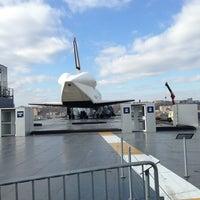 Photo prise au Space Shuttle Pavilion at the Intrepid Museum par Chris S. le1/4/2013