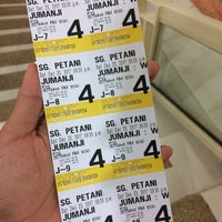 Photo taken at Grand Cineplex by m.afifdanial on 12/23/2017