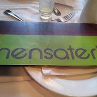 Foto diambil di Mensateria oleh Romulo M. pada 9/16/2012