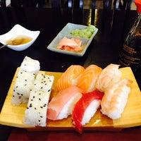 Foto tomada en Ming Cocina Asiática por Roger B. el 5/9/2014