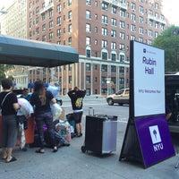 Foto tomada en NYU Rubin Residence Hall por Annie P. el 8/29/2015