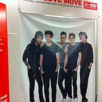 Photo taken at Office Depot - CLOSED by Annie P. on 9/27/2013