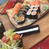 Снимок сделан в Oto Sushi пользователем Ewelina M. 8/5/2017