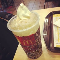 Photo taken at McDonald's / McCafè by Siang Wei S. on 3/24/2013
